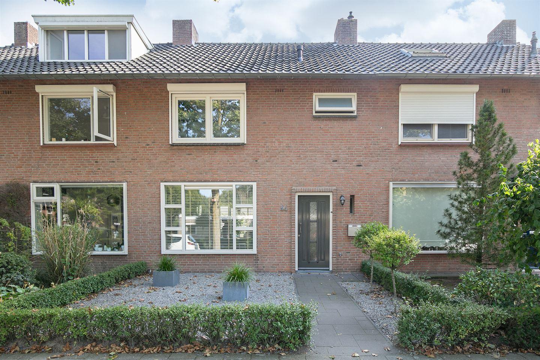 Bekijk foto 2 van Willemstraat 44