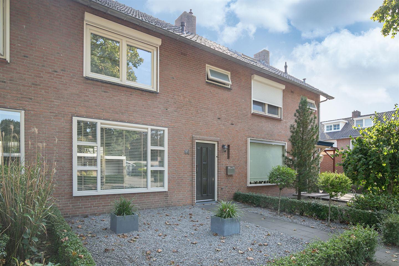 Bekijk foto 3 van Willemstraat 44