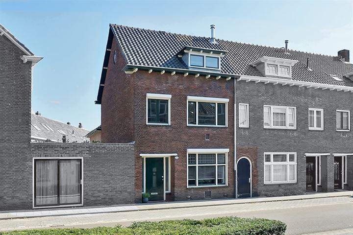 Hoefstraat 252