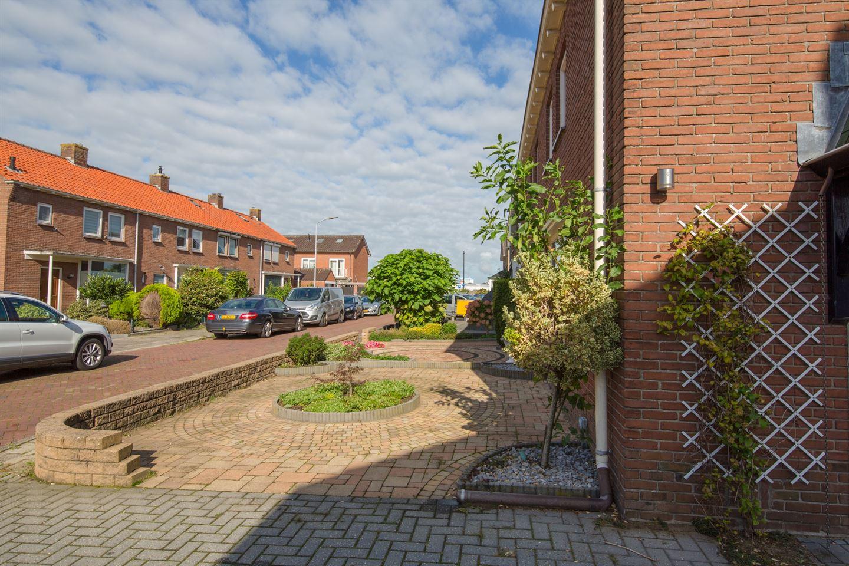 Bekijk foto 3 van Burgemeester Van Meursstraat 7