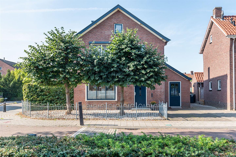 Bekijk foto 5 van Dr Schaepmanstraat 32