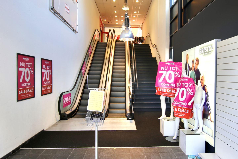 Bekijk foto 3 van Mondriaanplein 21