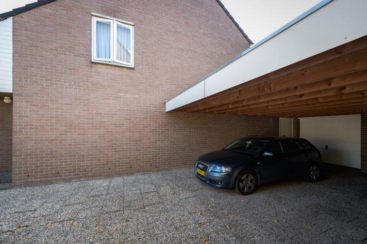 Bekijk foto 5 van Pastoor Roesweg 27