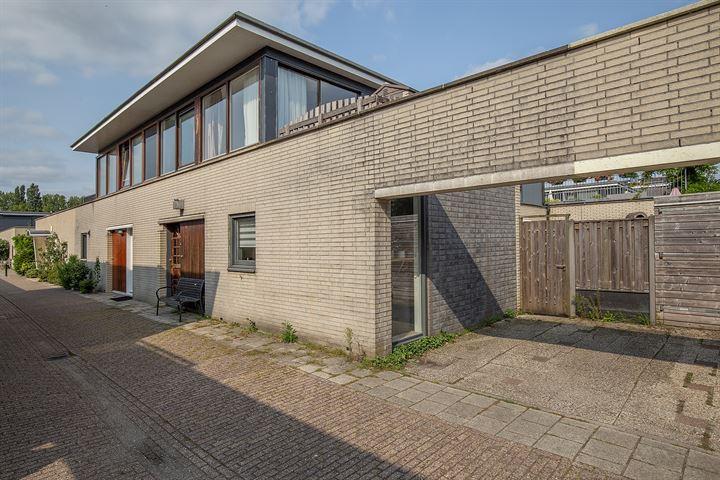 L.J.M. Beelstraat 47