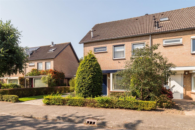 Bekijk foto 2 van Gerard van Swietenlaan 10