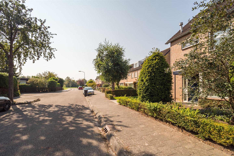 Bekijk foto 3 van Gerard van Swietenlaan 10
