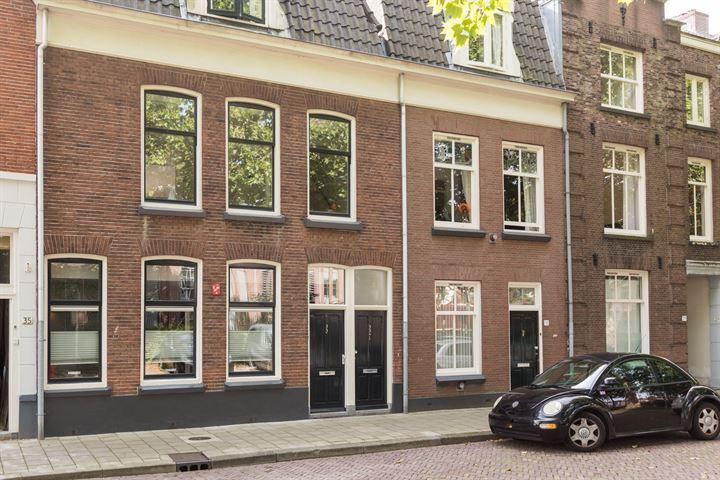 Oosterstraat 33