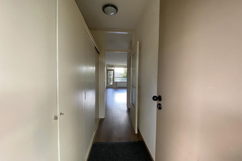 Bekijk foto 4 van Einsteinplaats 823