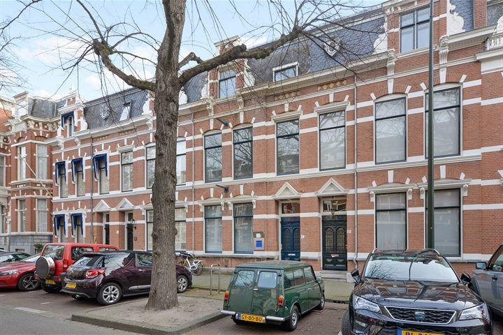 Jan van Nassaustraat 17 .