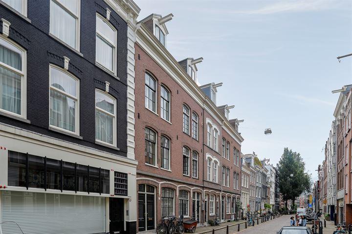 Kerkstraat 77