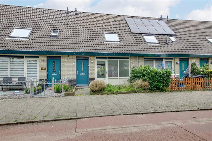 J.M. den Uylstraat 12