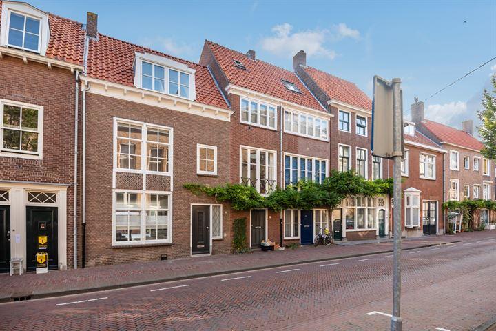 Sint Pieterstraat 35