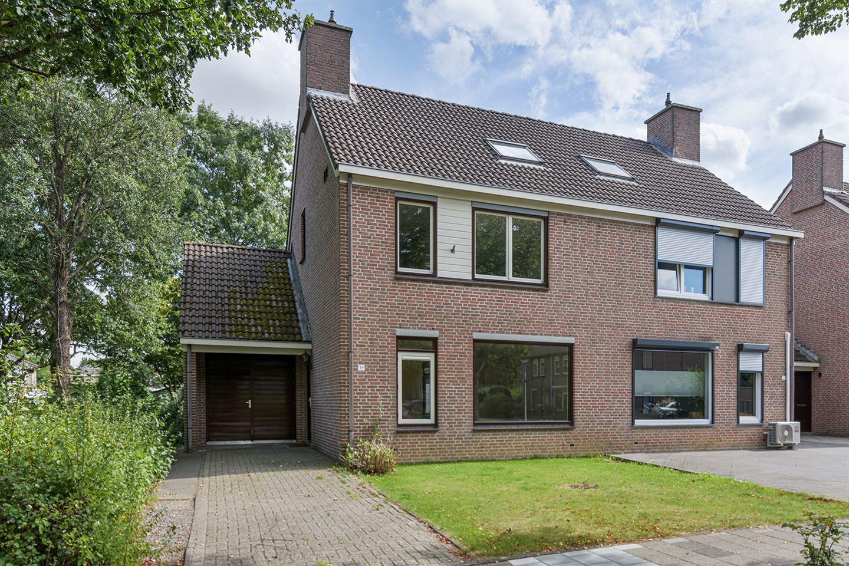 Bekijk foto 1 van Willem van Gelre-Gulikstraat 39