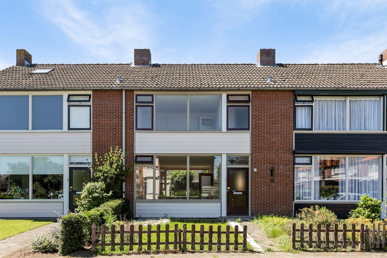 Bekijk foto 1 van Karel Doormanstraat 10
