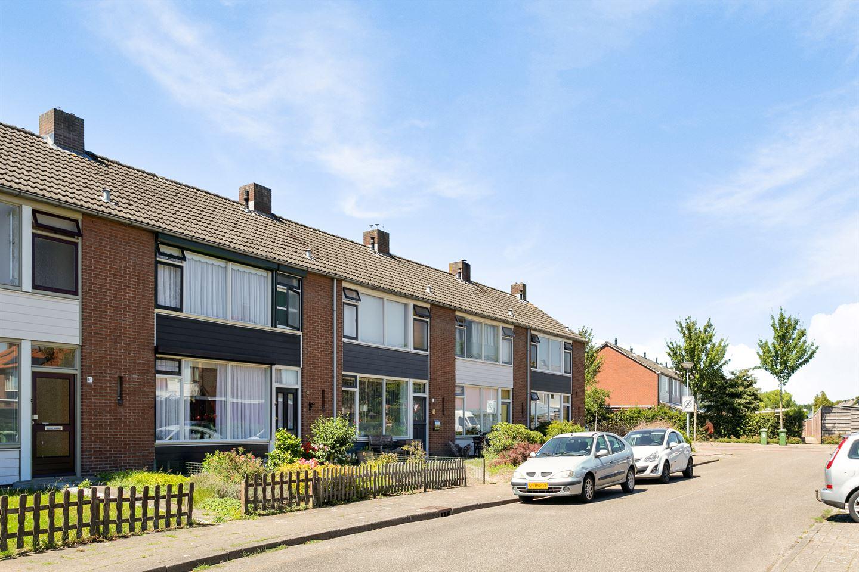 Bekijk foto 4 van Karel Doormanstraat 10