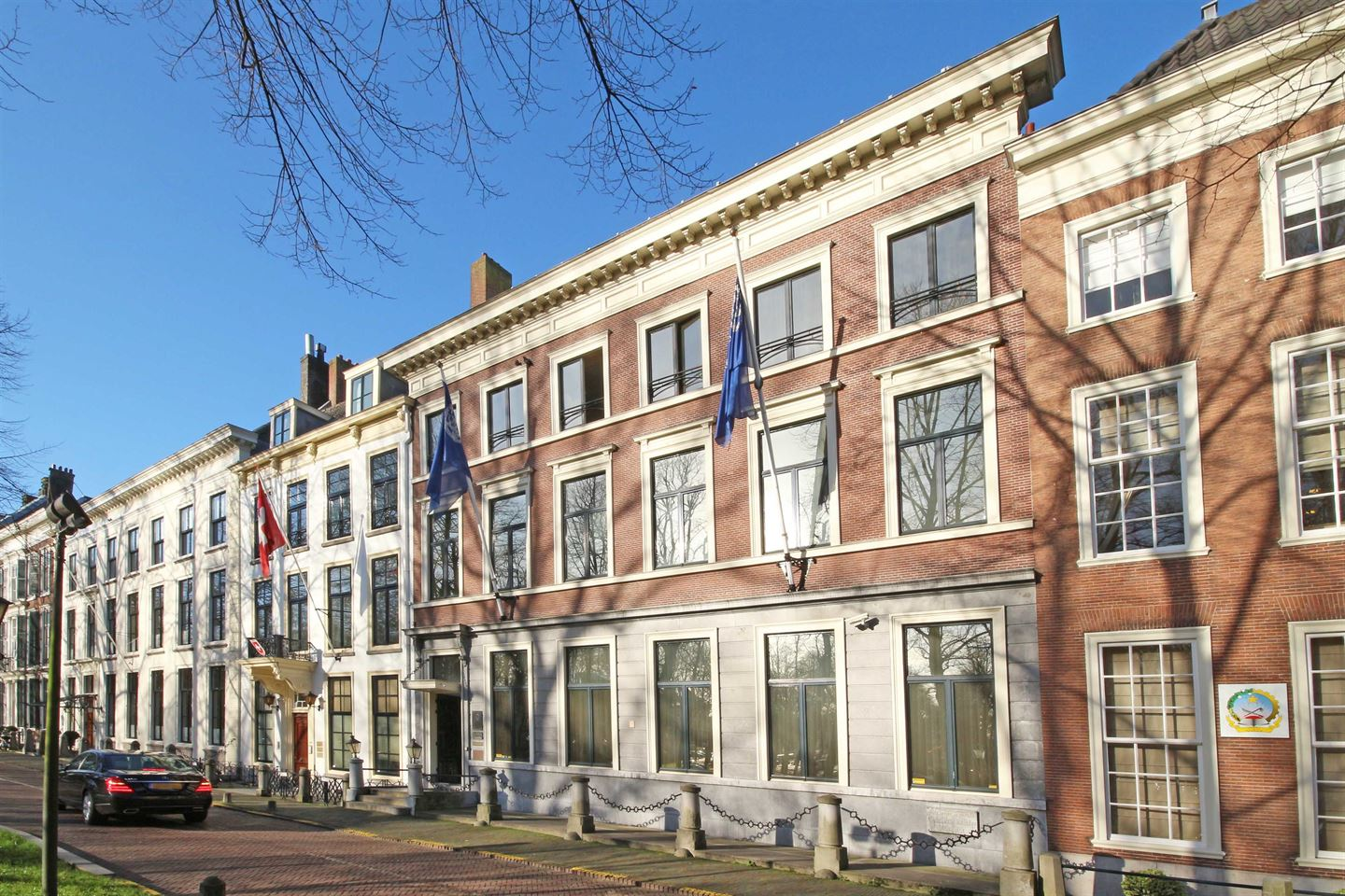 View photo 3 of Lange Voorhout 44