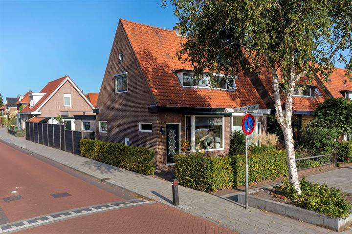P.H. van Rijnstraat 12