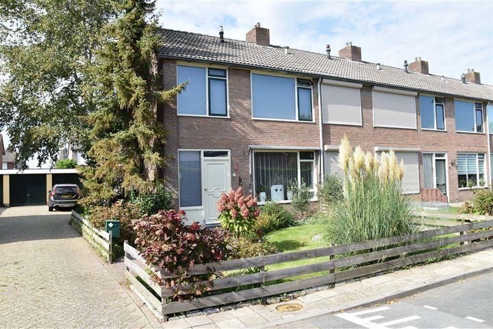 D H van der Scheerstraat 37