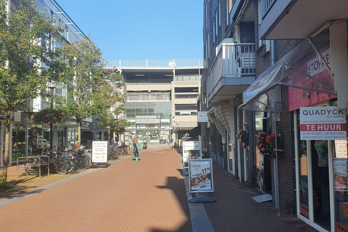 Bekijk foto 3 van Plantsoenstraat 17