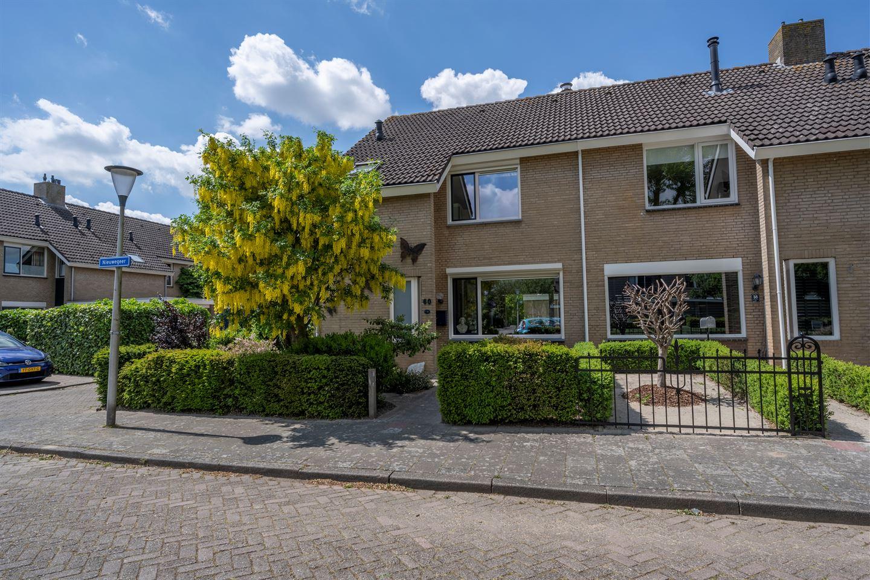 View photo 1 of Nieuwegeer 60