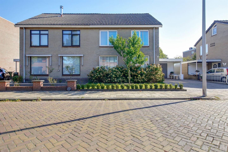 Bekijk foto 1 van Schoklandstraat 3