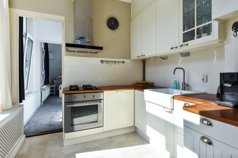 Bekijk foto 4 van Johannes Camphuijsstraat 145