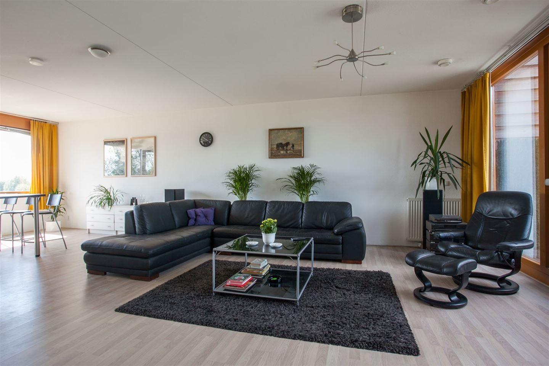 Bekijk foto 4 van Buitenhof 83