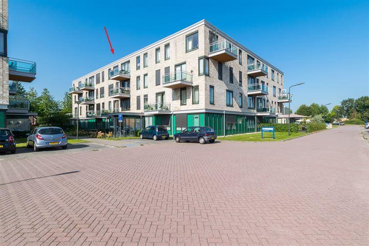 Stationsweg 74 -38