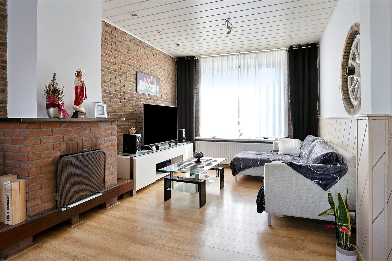 Bekijk foto 2 van Van Alphenstraat 41