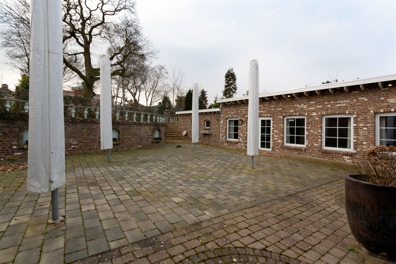Bekijk foto 4 van Rijksweg Zuid 27 .
