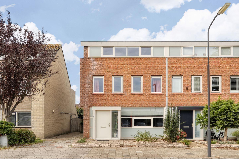 Bekijk foto 2 van Schouwenaarsstraat 4