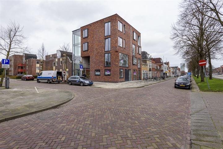 Almastraat 1 4