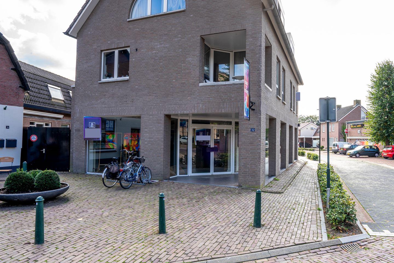 Bekijk foto 2 van Dorpsstraat 32