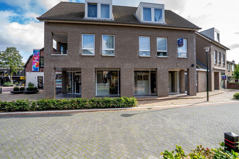 Bekijk foto 1 van Dorpsstraat 32