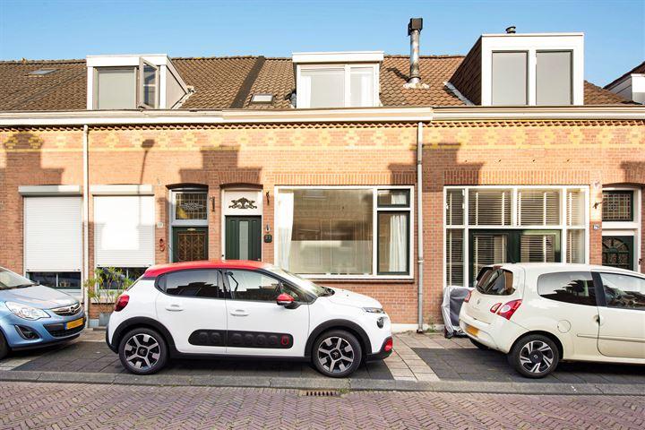 Oranjestraat 31