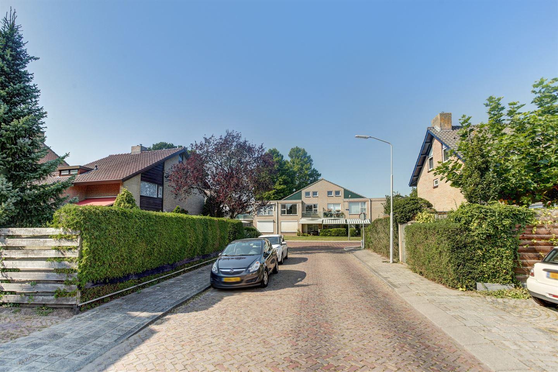 Bekijk foto 3 van Sprongstraat 2
