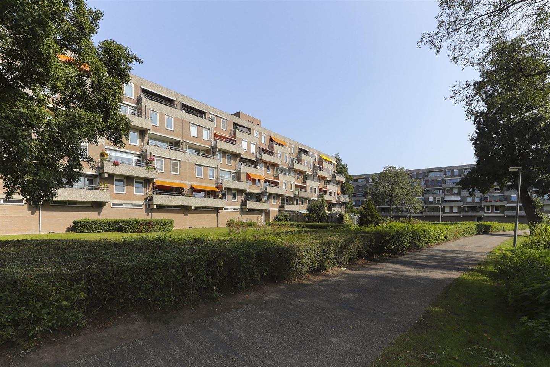 Bekijk foto 2 van Generaal S.H. Spoorstraat 491