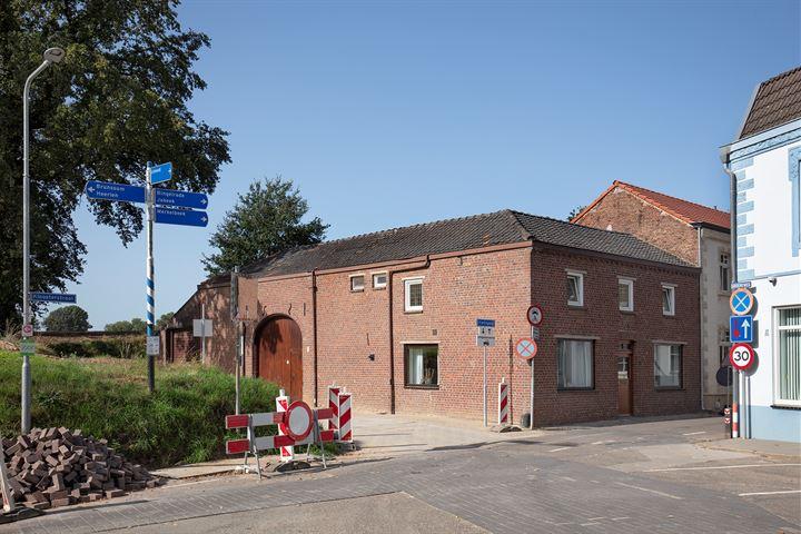 Kloosterstraat 11