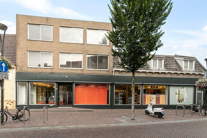 Prins Bernhardstraat 1