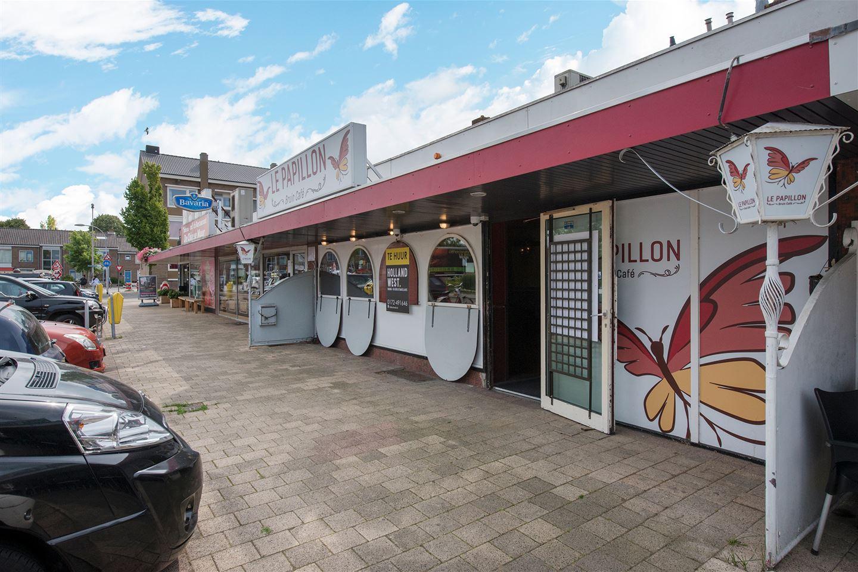 Bekijk foto 3 van Van Nesstraat 5
