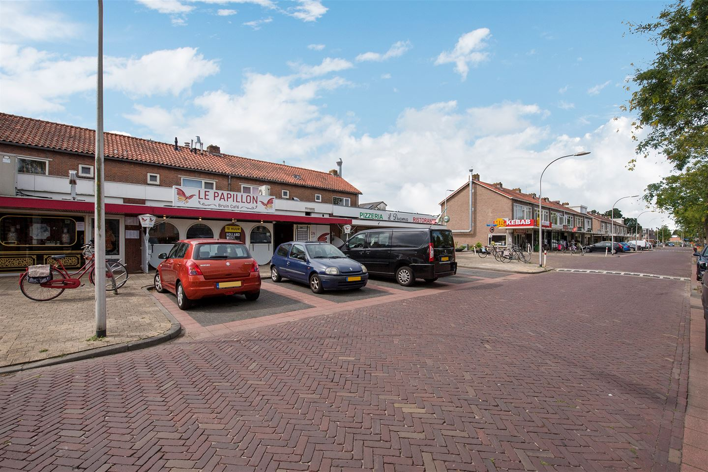 Bekijk foto 2 van Van Nesstraat 5