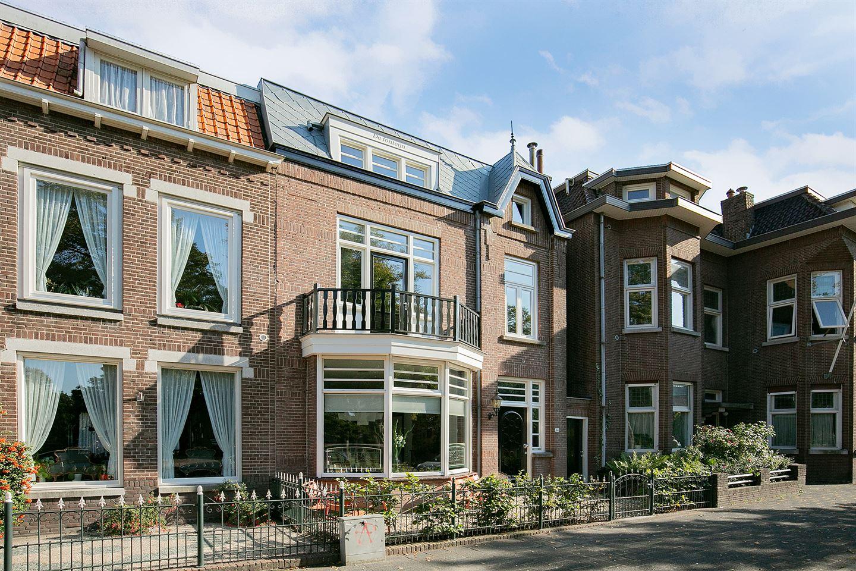 Bekijk foto 2 van Bredasestraat 68
