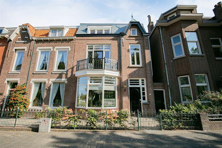 Bredasestraat 68