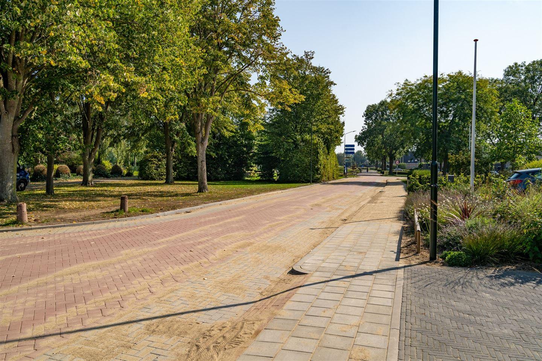 Bekijk foto 4 van Burgemeester van der Lelystraat 5