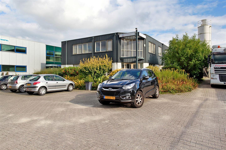 Bekijk foto 2 van de Netelhorst 4 *