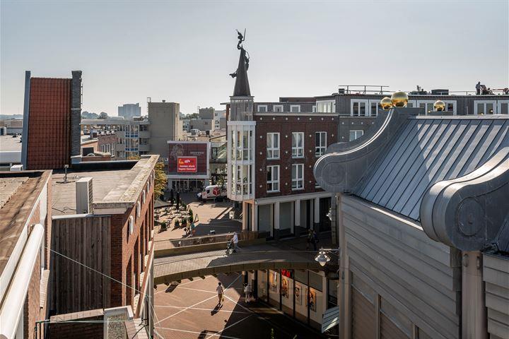 Nieuwstraat 100