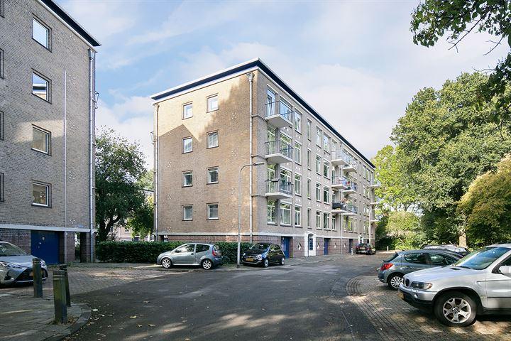 Pater Bleijsstraat 13