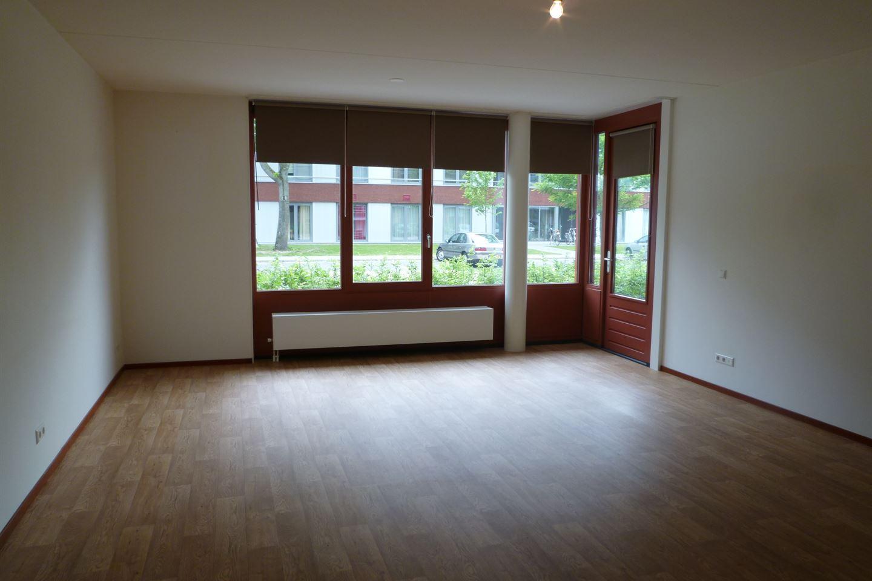 View photo 2 of Gagelboschplein 447