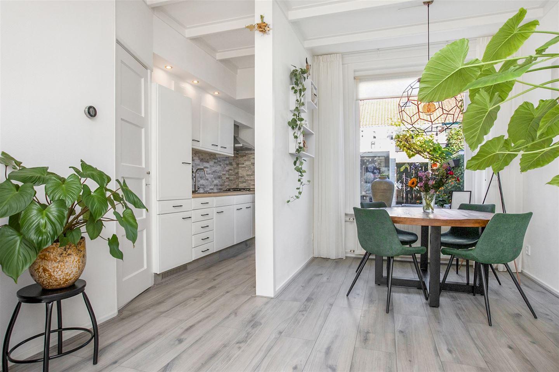 Bekijk foto 3 van van der Helststraat 34