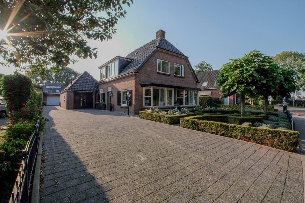 View photo 1 of Eendrachtstraat 23